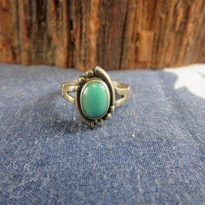 Vintage Sterling Bell Trading Post Turquoise Ring